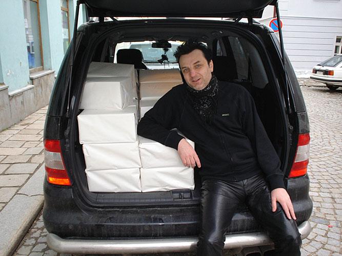 Petr Štepán s Knihou Nosferatu